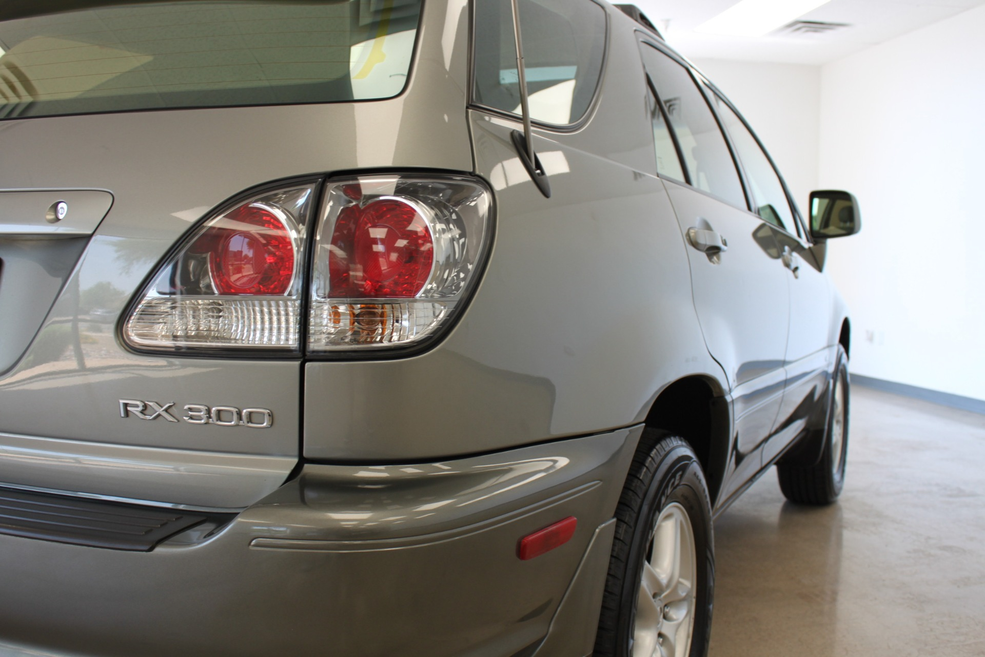 Used-2002-Lexus-RX-300-Honda
