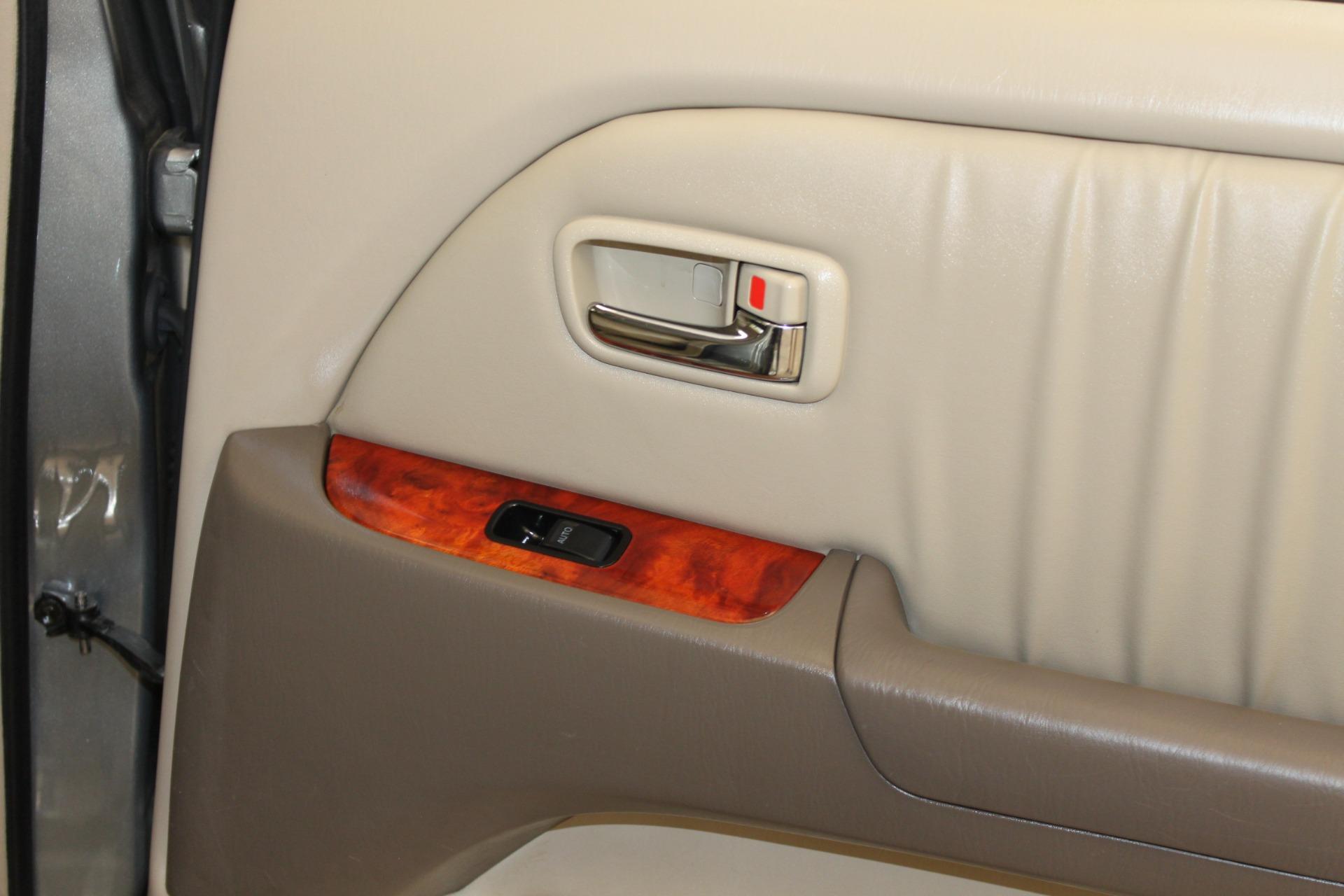 Used-2002-Lexus-RX-300-Chevelle