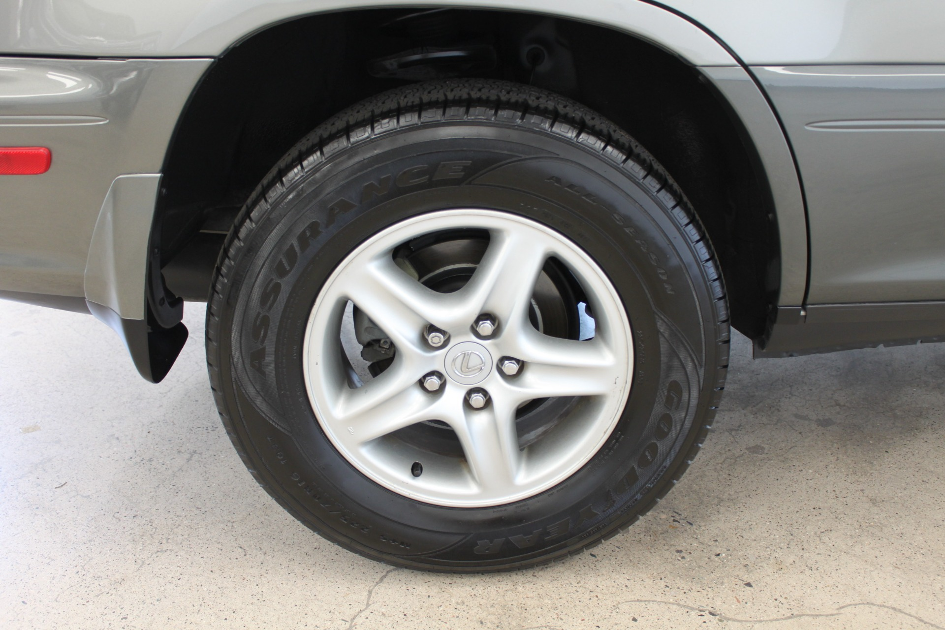 Used-2002-Lexus-RX-300-Lincoln