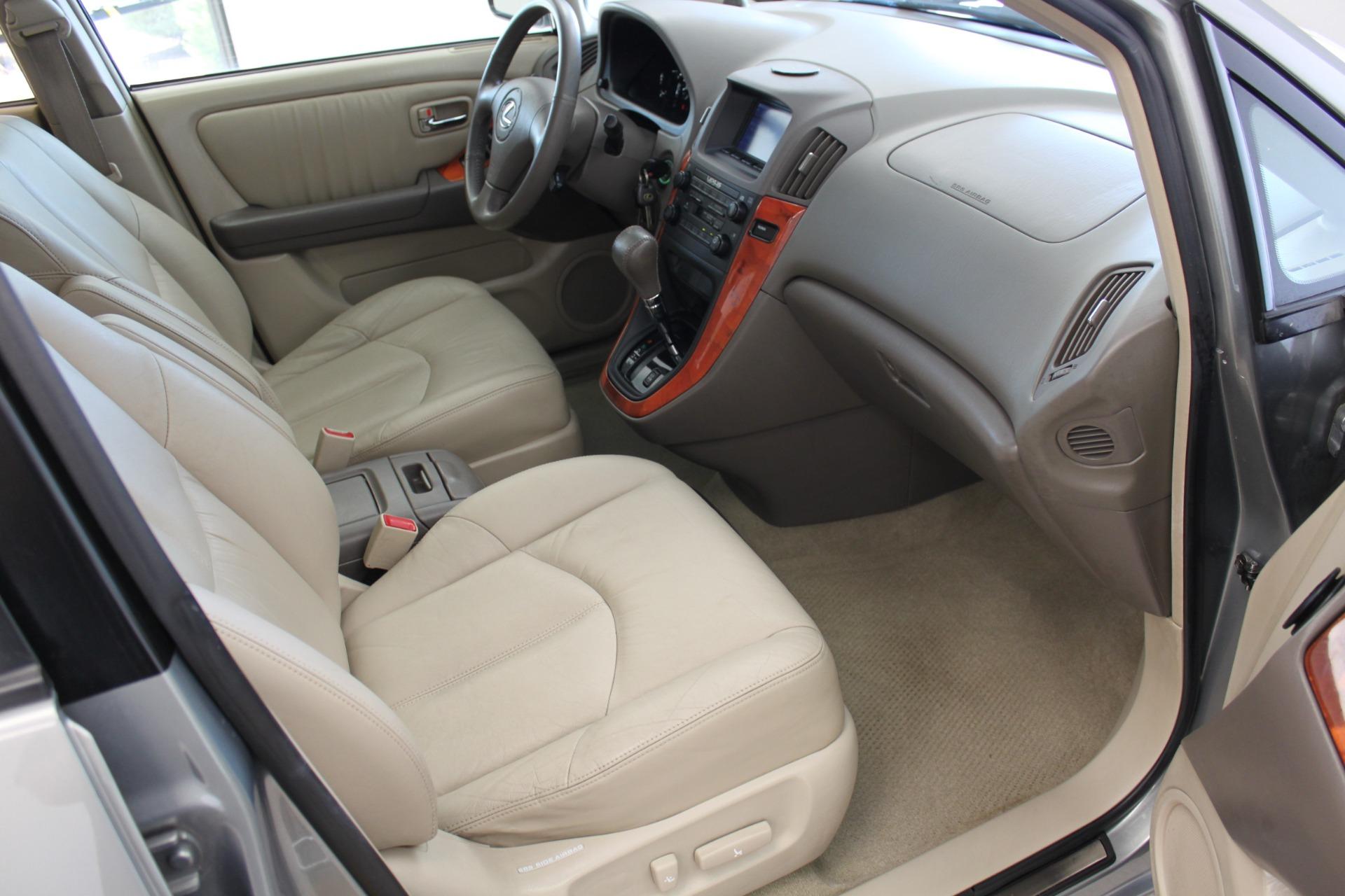 Used-2002-Lexus-RX-300-BMW