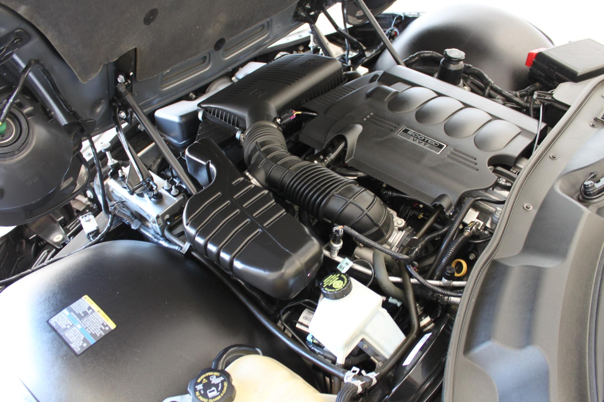 Used-2009-Pontiac-Solstice-Convertible-Toyota
