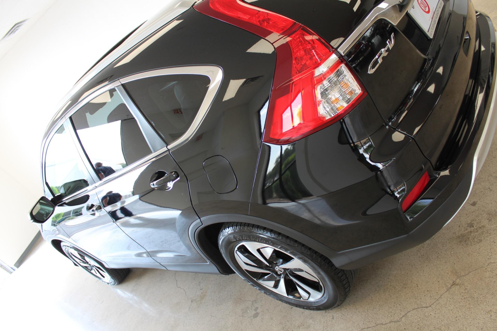 Used-2016-Honda-CR-V-Touring-4X4