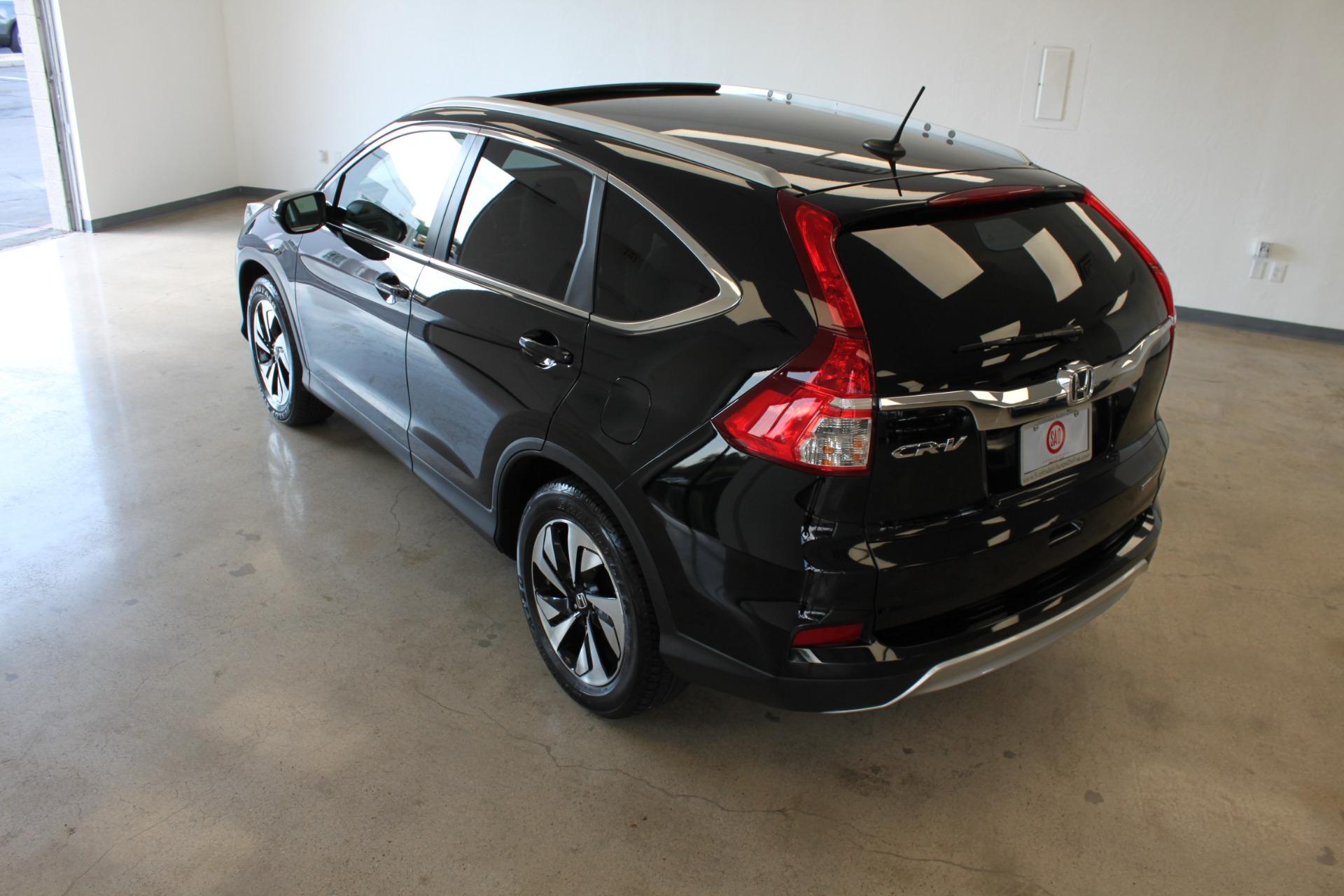 Used-2016-Honda-CR-V-Touring-Fiat
