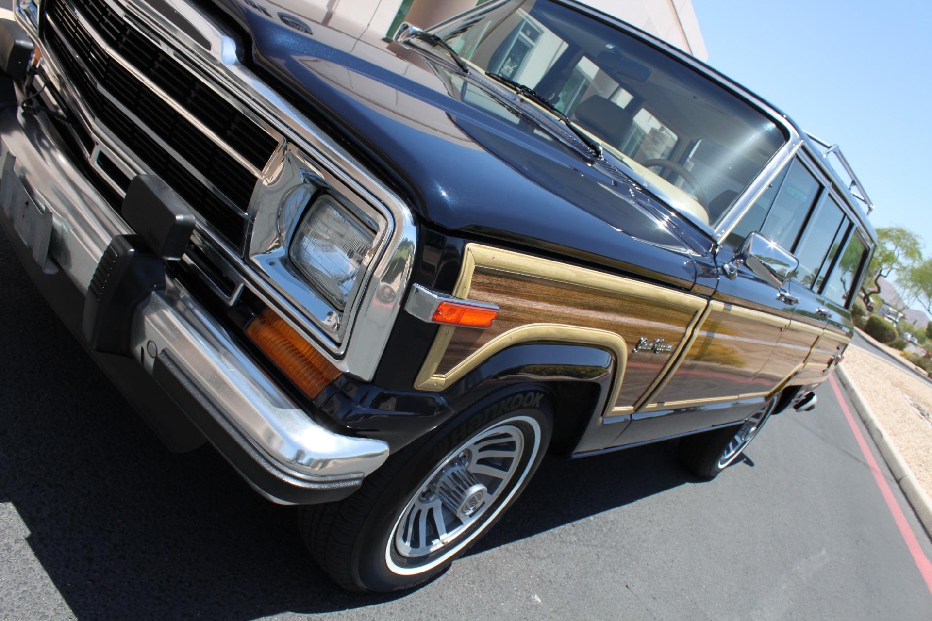 Used-1990-Jeep-Grand-Wagoneer-4X4-Cherokee