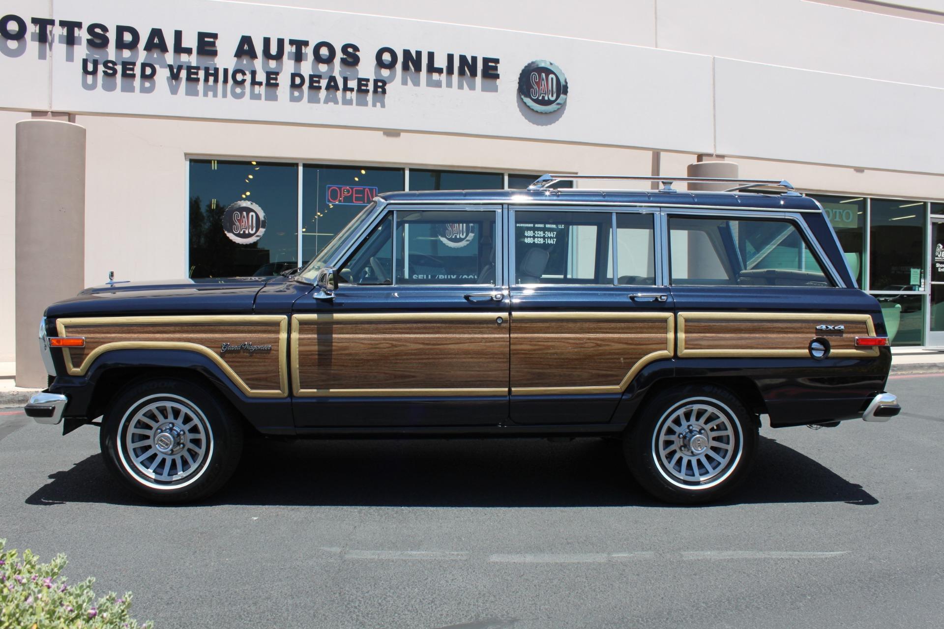 Used-1990-Jeep-Grand-Wagoneer-4X4-Wagoneer