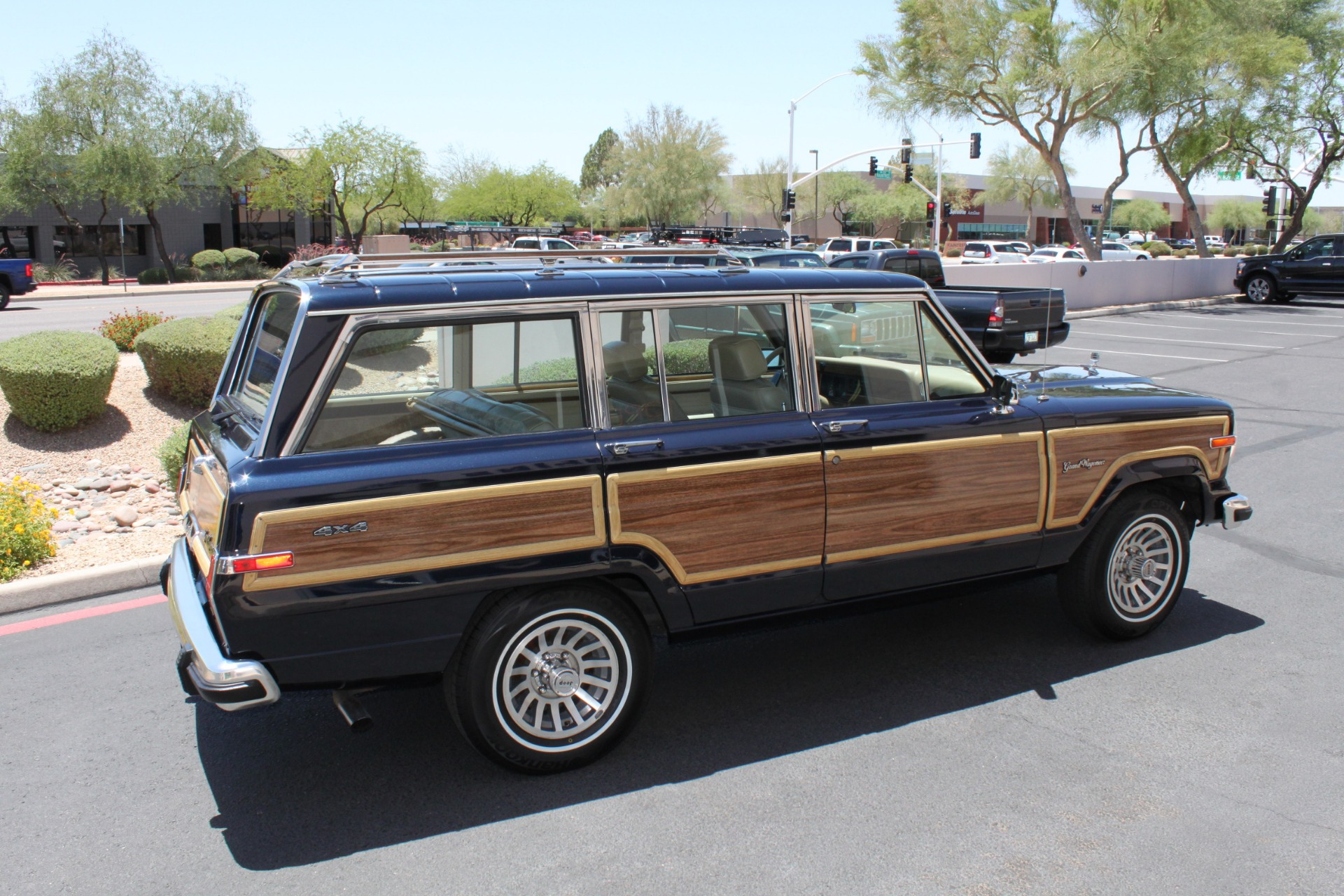 1990 Jeep Grand Wagoneer 4x4 Stock P1109 For Sale Near Scottsdale