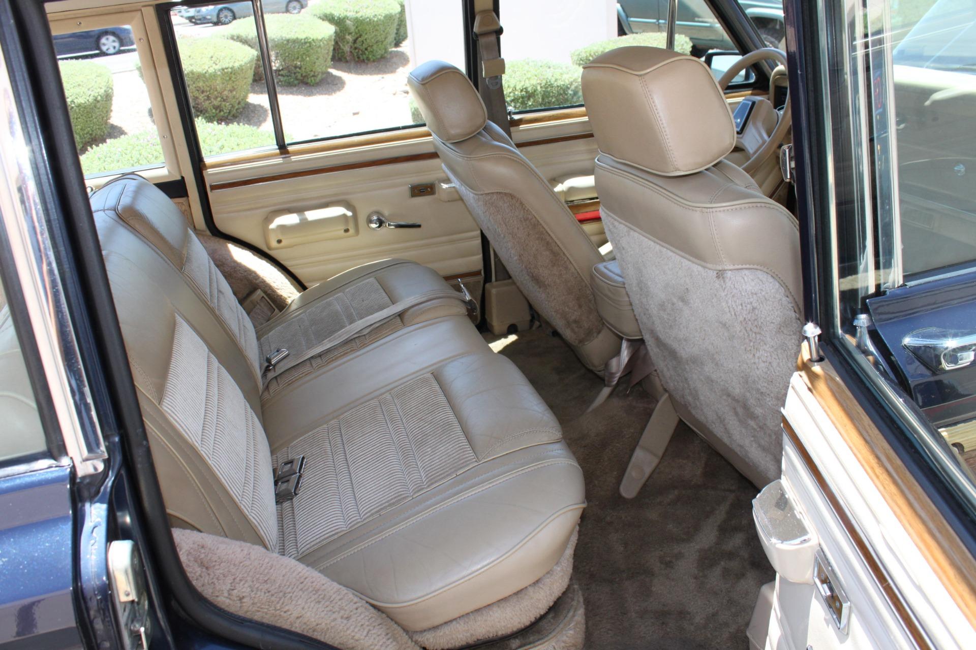 Used-1990-Jeep-Grand-Wagoneer-4X4-LS400
