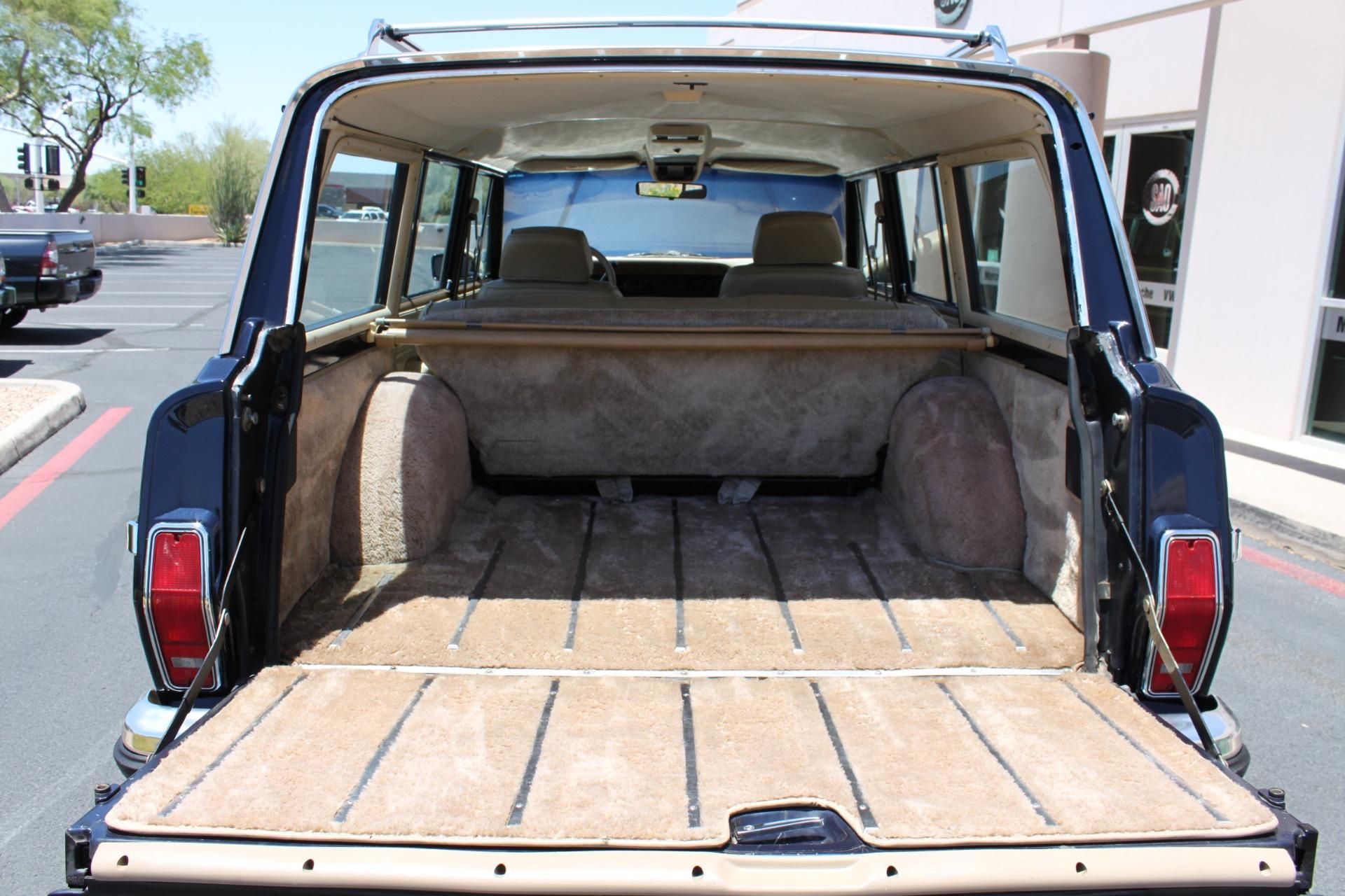 Used-1990-Jeep-Grand-Wagoneer-4X4-Toyota