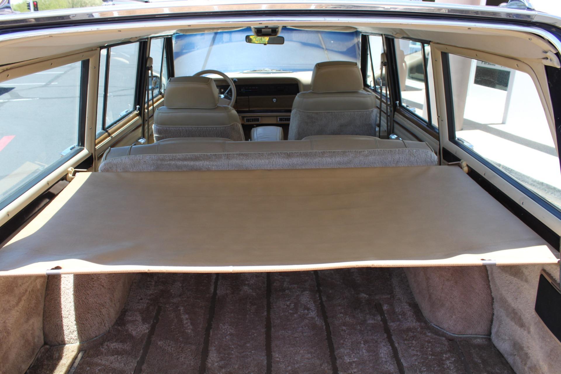 Used-1990-Jeep-Grand-Wagoneer-4X4-Honda