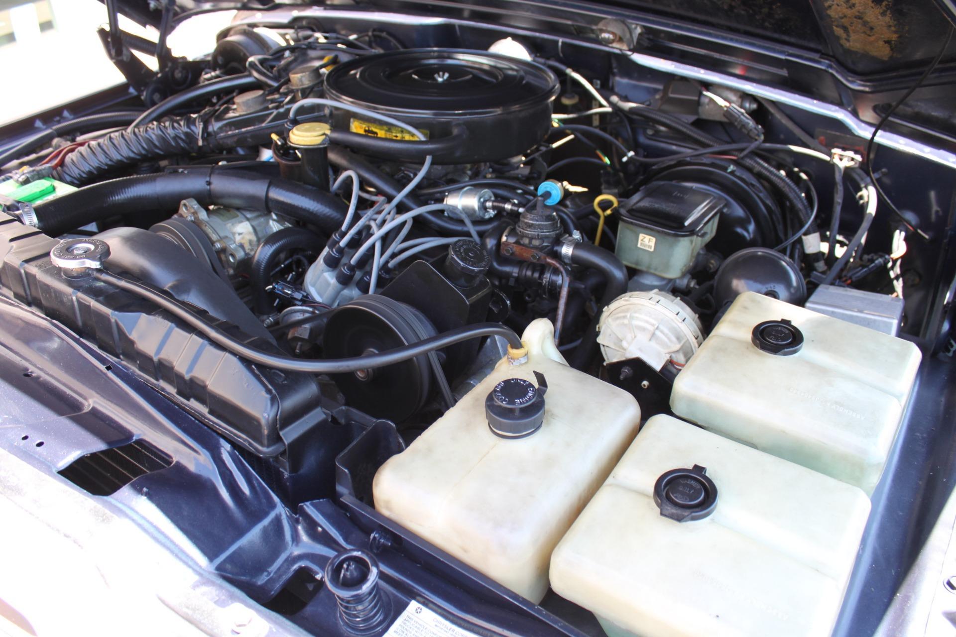 Used-1990-Jeep-Grand-Wagoneer-4X4-Ferrari