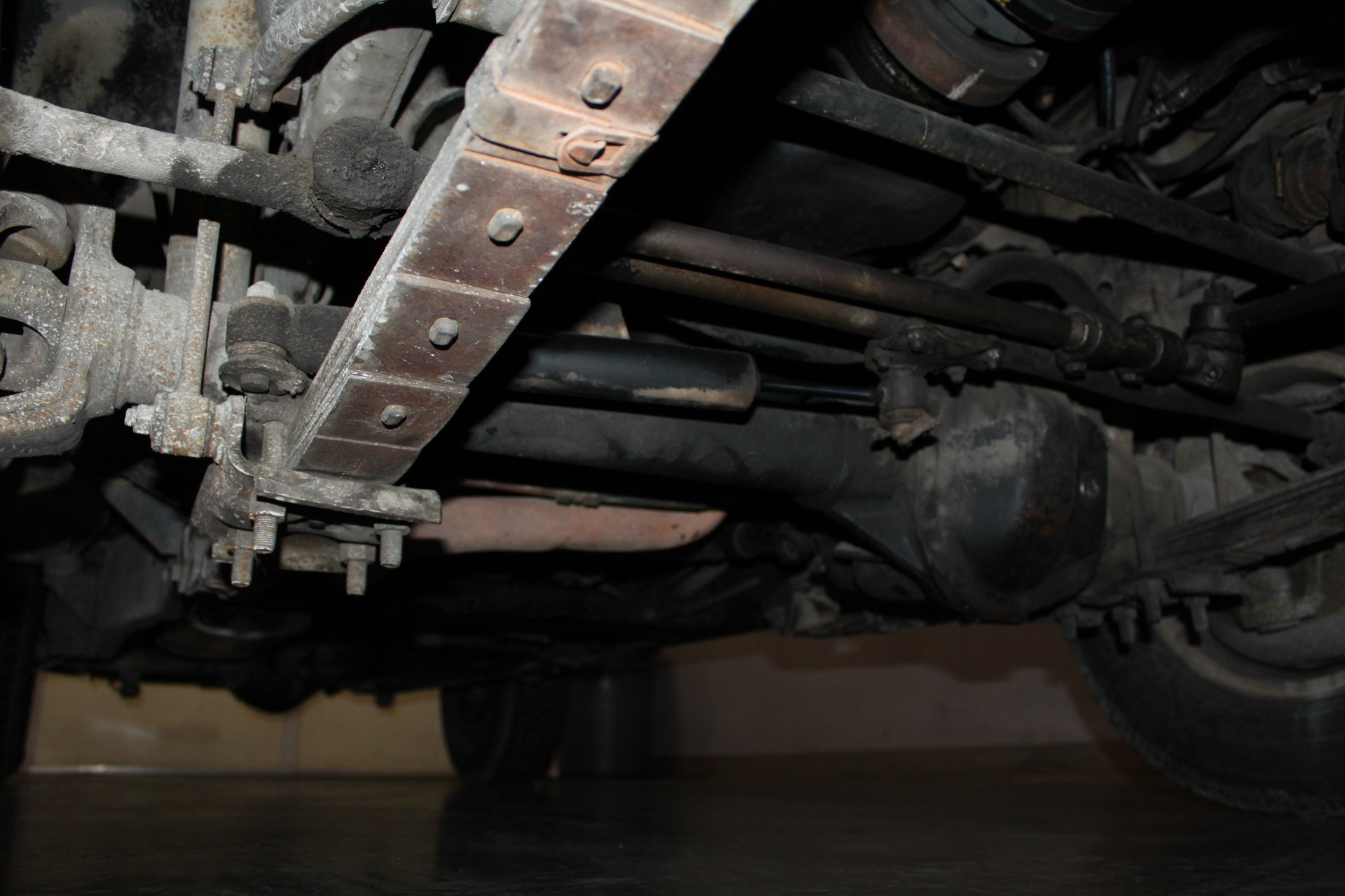 Used-1990-Jeep-Grand-Wagoneer-Chalenger