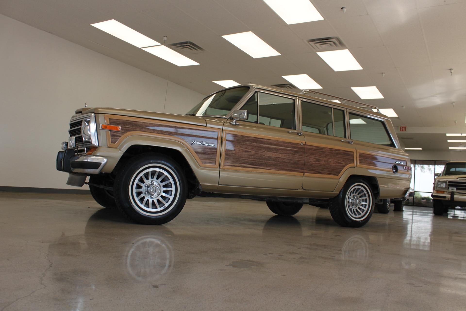 Used-1990-Jeep-Grand-Wagoneer-Dodge