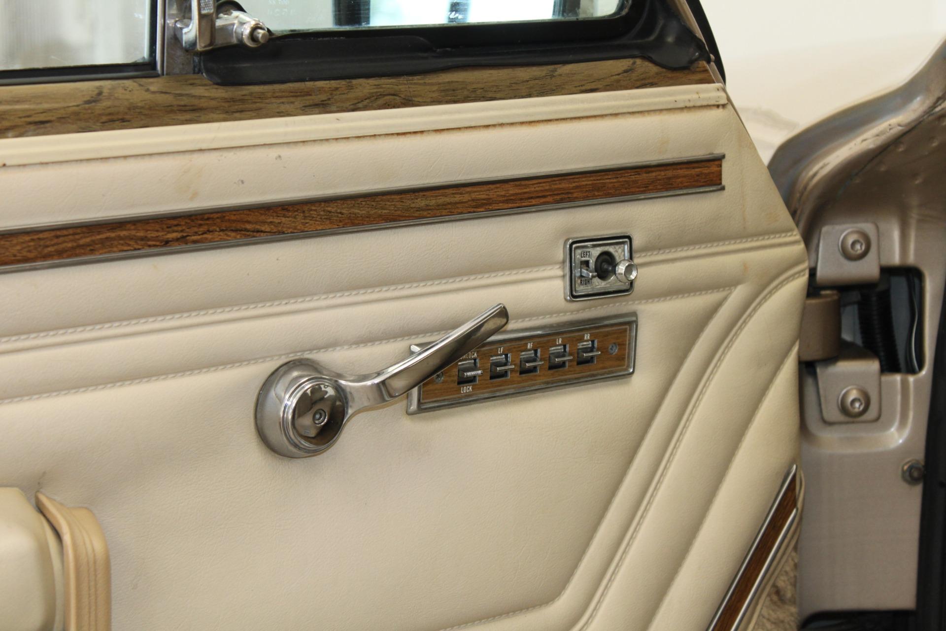 Used-1990-Jeep-Grand-Wagoneer-Grand-Wagoneer