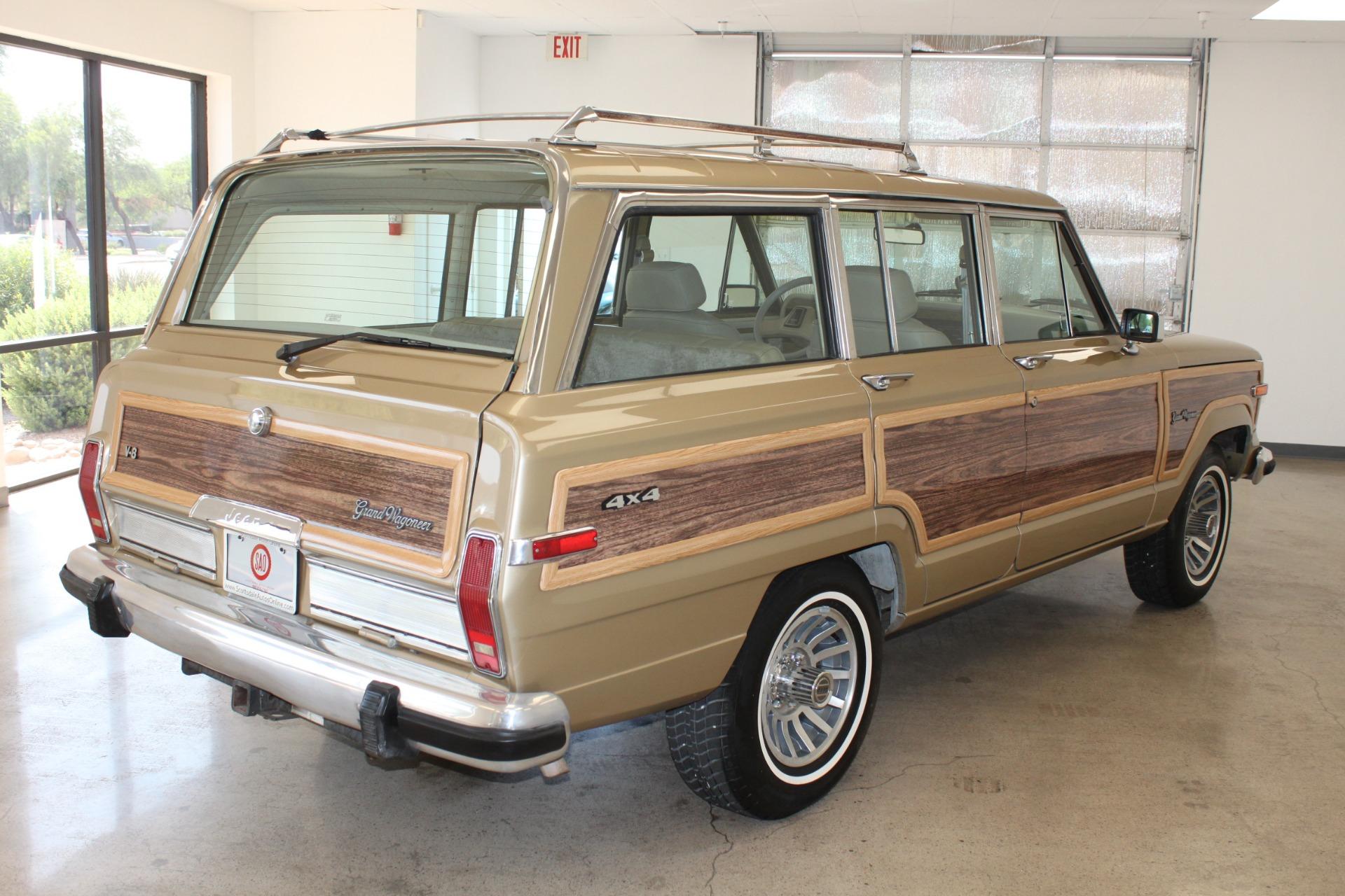 Used-1990-Jeep-Grand-Wagoneer-Classic