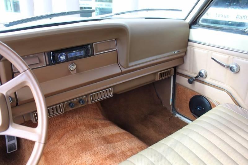 Used-1979-Jeep-Wagoneer-Brougham-4X4-Honda