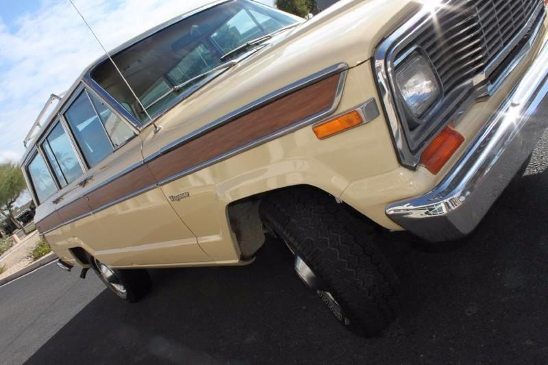 Used-1979-Jeep-Wagoneer-Brougham-4X4-XJ