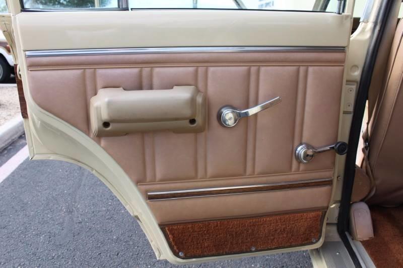 Used-1979-Jeep-Wagoneer-Brougham-4X4-vintage