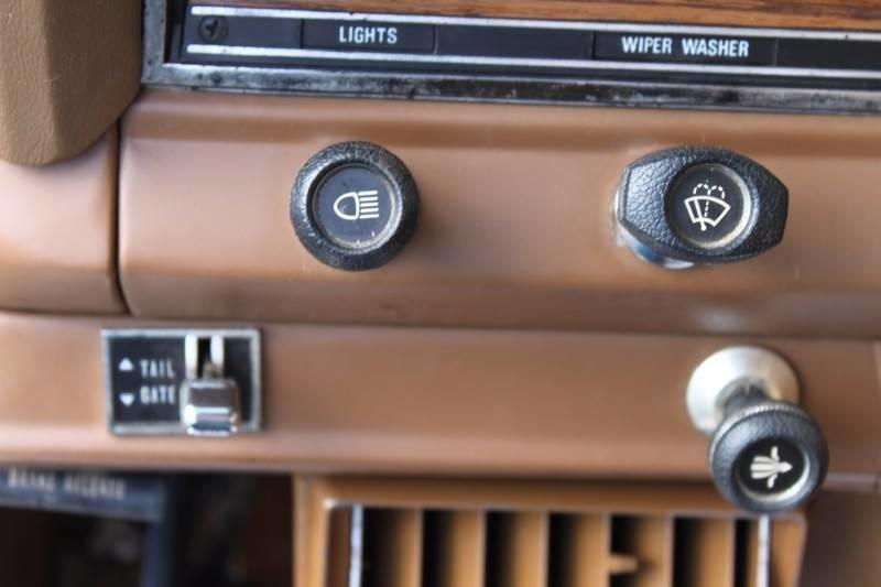 Used-1979-Jeep-Wagoneer-Brougham-4X4-Acura