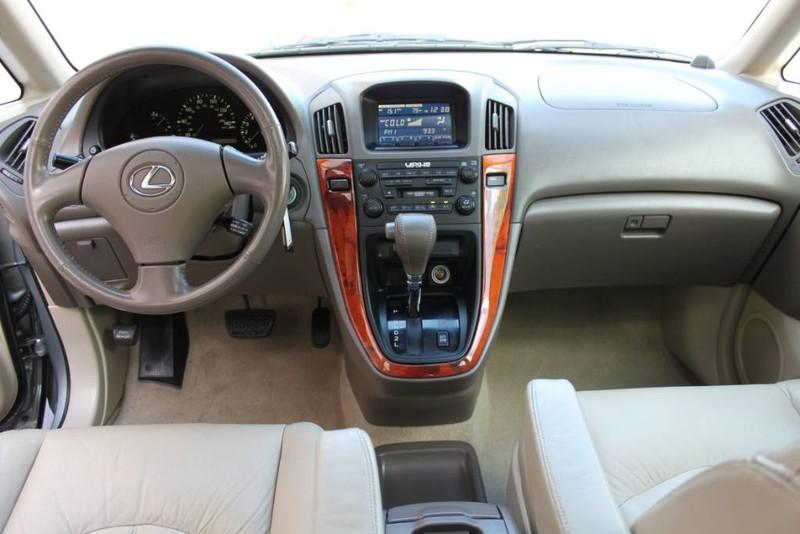 Used-2001-Lexus-RX-300-All-Wheel-Drive-1-Owner-BMW