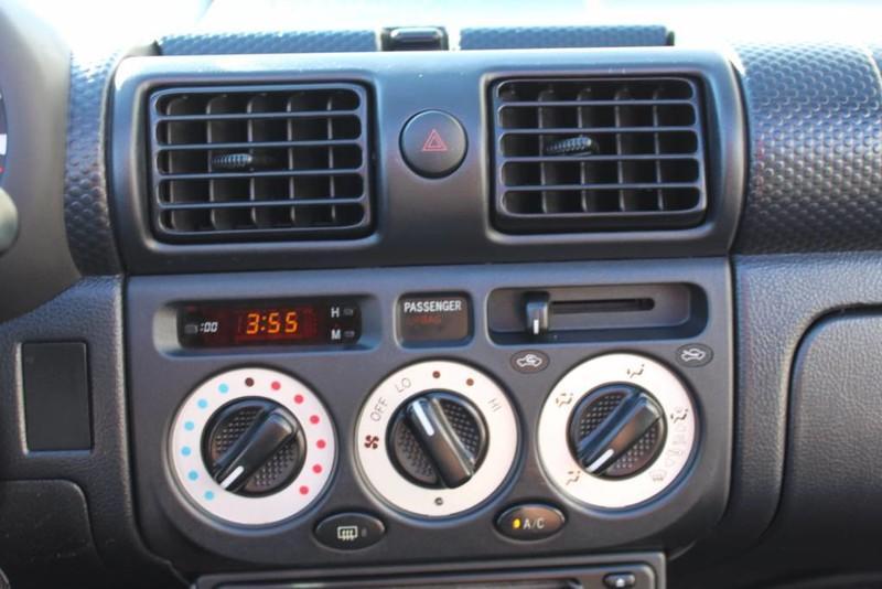 Used-2000-Toyota-MR2-Spyder-Alfa-Romeo