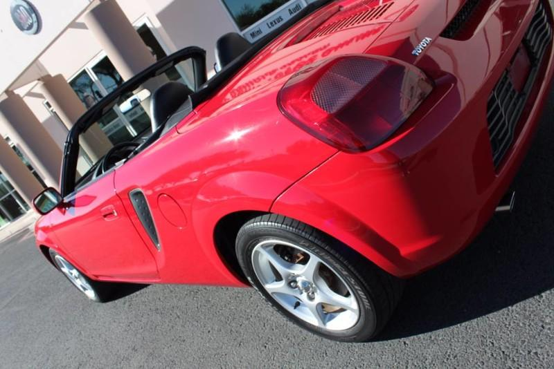 Used-2000-Toyota-MR2-Spyder-Lease-new-Toyota
