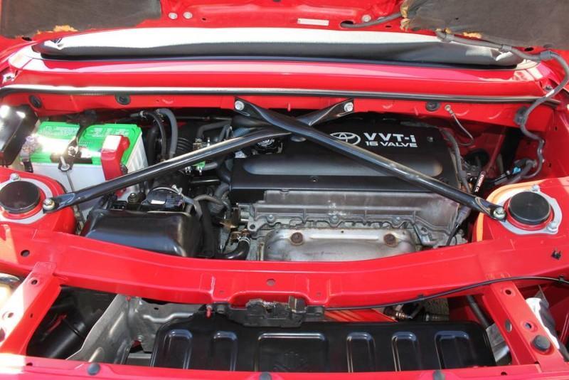 Used-2000-Toyota-MR2-Spyder-Grand-Wagoneer