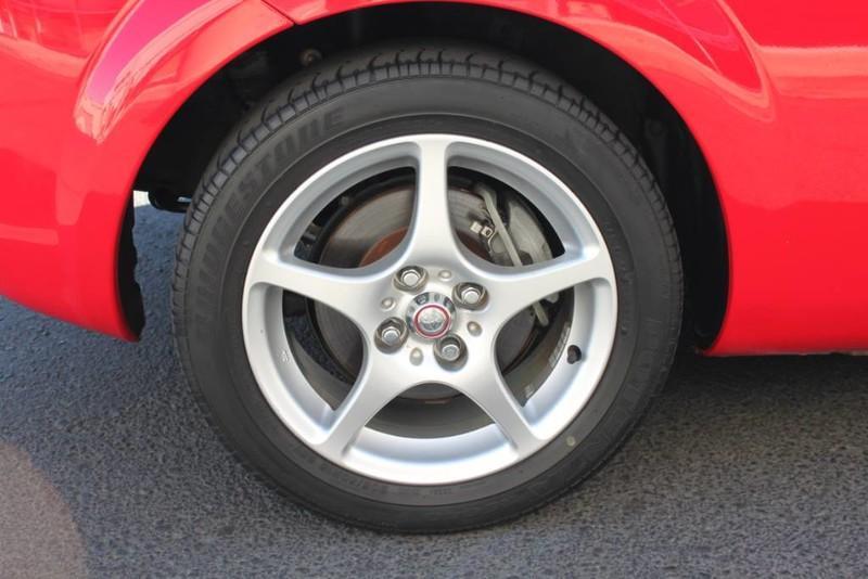 Used-2000-Toyota-MR2-Spyder-Wrangler