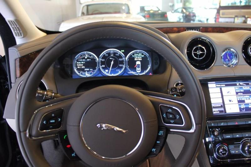 Used-2012-Jaguar-XJ-1-Owner-for-sale-in-IL