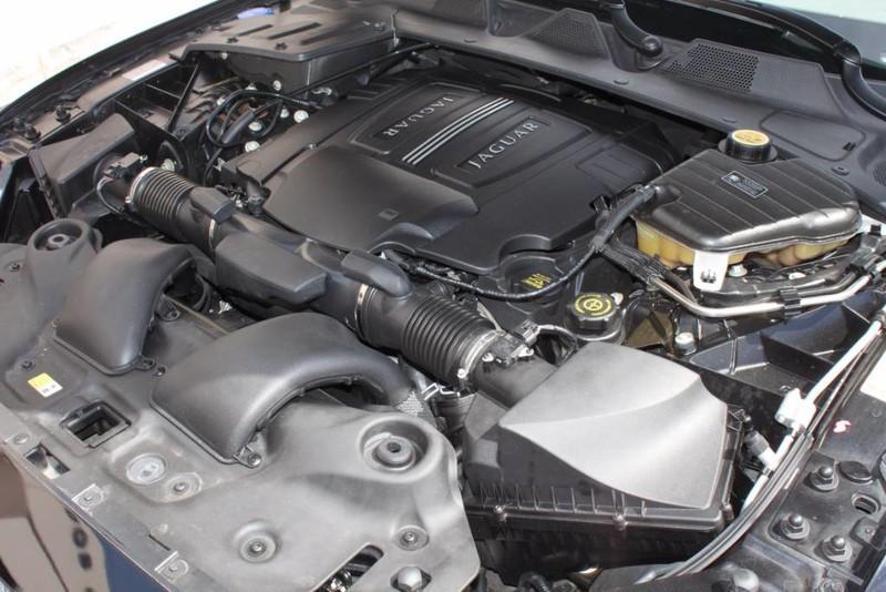 Used-2012-Jaguar-XJ-1-Owner-Ford