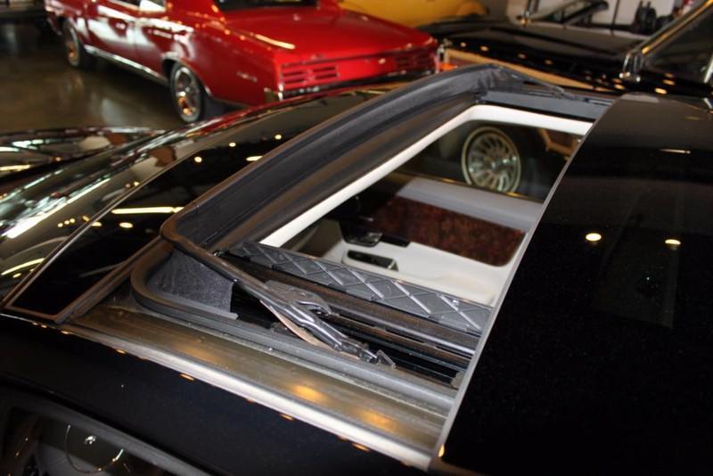 Used-2012-Jaguar-XJ-1-Owner