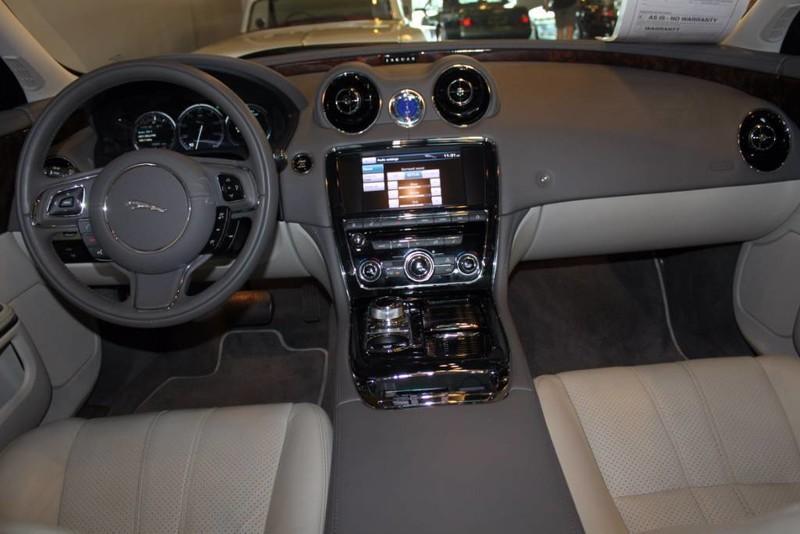 Used-2012-Jaguar-XJ-1-Owner-vintage