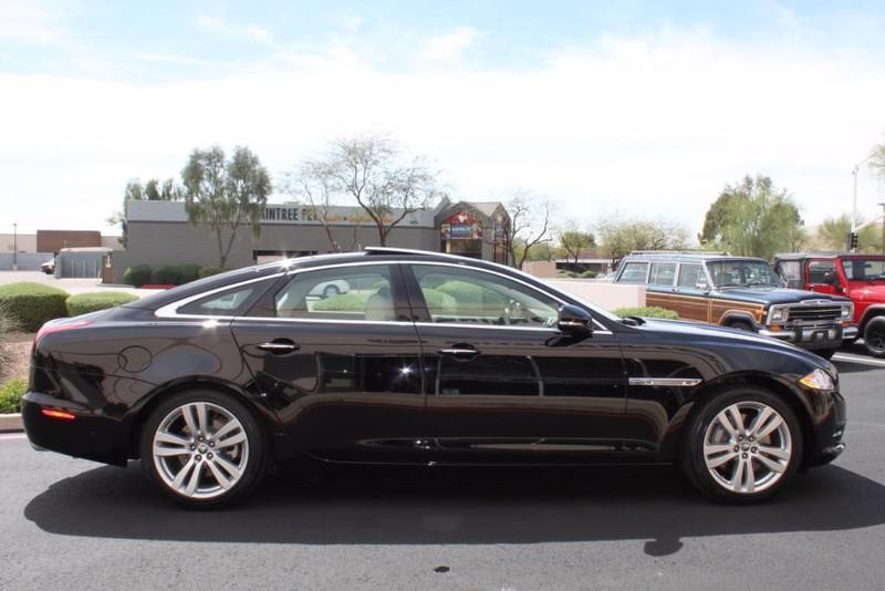 Used-2012-Jaguar-XJ-1-Owner-Chrysler