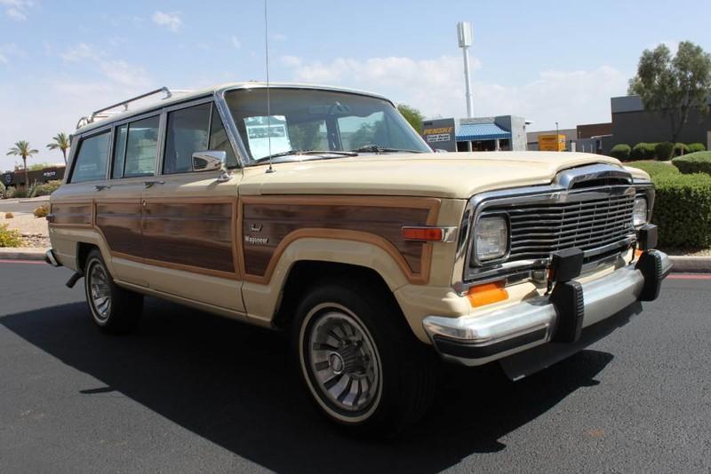 Used-1984-Jeep-Grand-Wagoneer-Limited-4X4-Wrangler