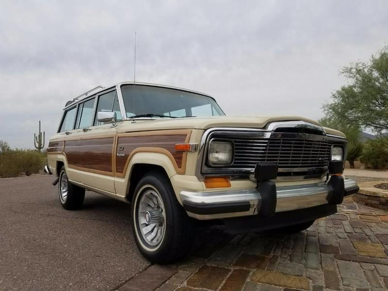 Used-1984-Jeep-Grand-Wagoneer-Limited-4X4-Grand-Cherokee