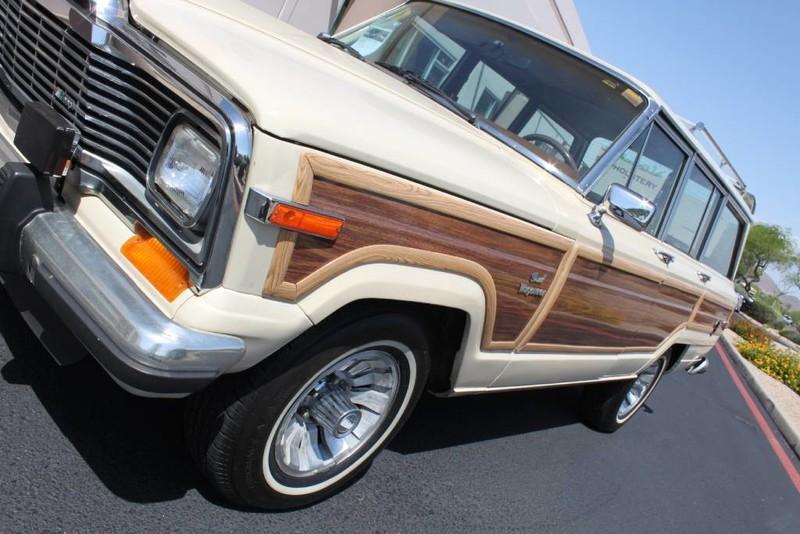 Used-1984-Jeep-Grand-Wagoneer-Limited-4X4-4X4