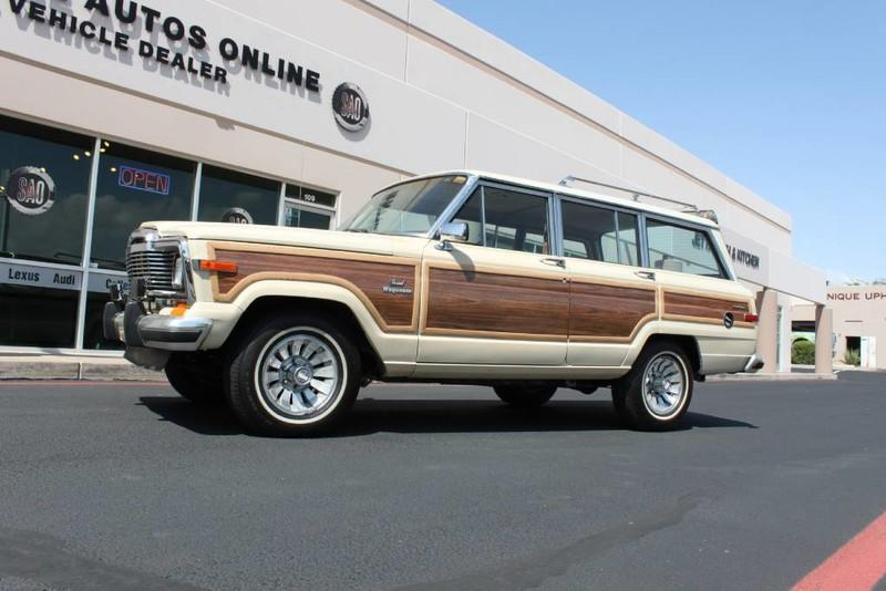 Used-1984-Jeep-Grand-Wagoneer-Limited-4X4-4X4