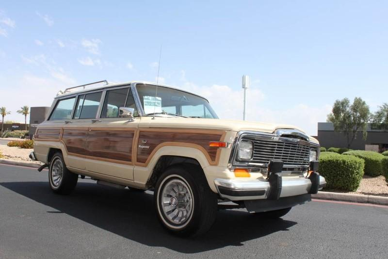 Used-1984-Jeep-Grand-Wagoneer-Limited-4X4-Audi