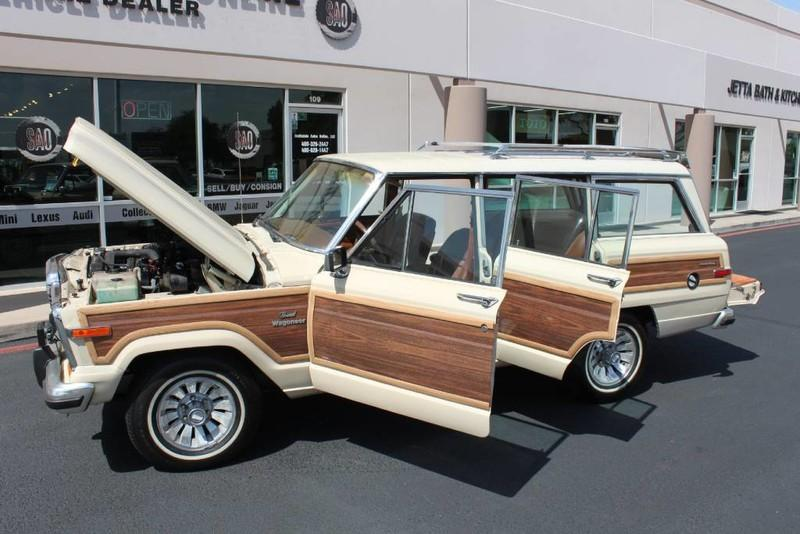 Used-1984-Jeep-Grand-Wagoneer-Limited-4X4-Dodge