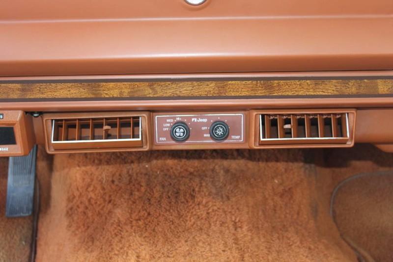 Used-1984-Jeep-Grand-Wagoneer-Limited-4X4-LS400
