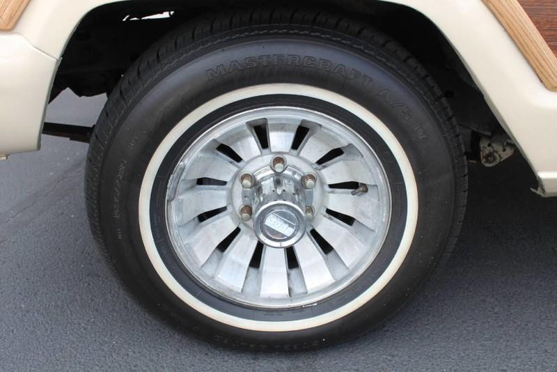 Used-1984-Jeep-Grand-Wagoneer-Limited-4X4-Honda