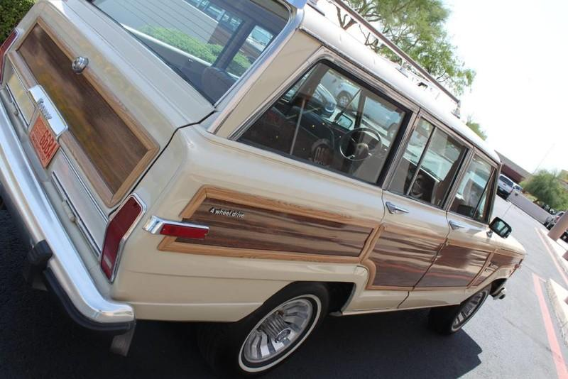 Used-1984-Jeep-Grand-Wagoneer-Limited-4X4-Tesla