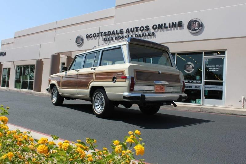 Used-1984-Jeep-Grand-Wagoneer-Limited-4X4-Porsche