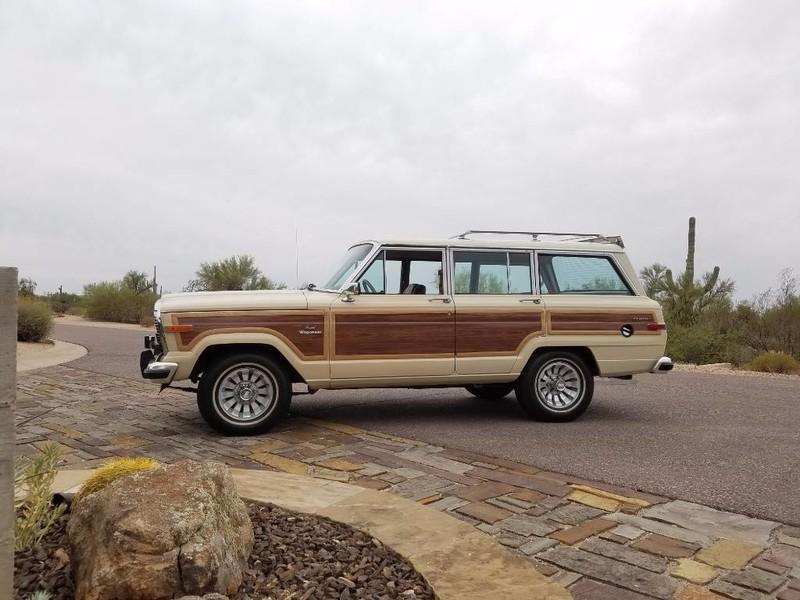 Used-1984-Jeep-Grand-Wagoneer-Limited-4X4-Mopar