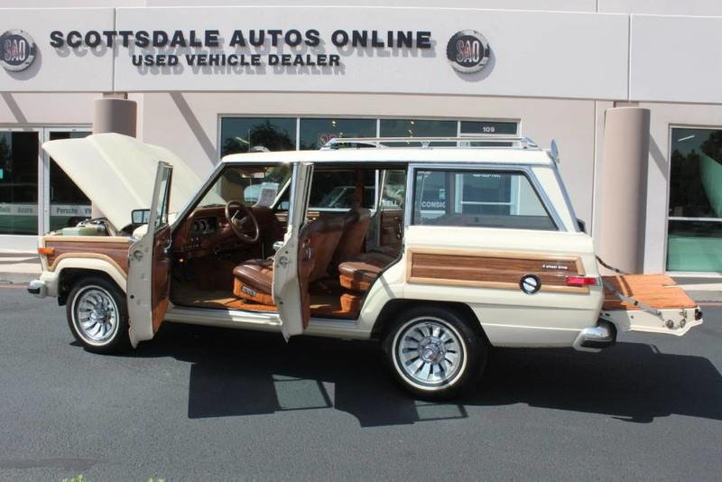 Used-1984-Jeep-Grand-Wagoneer-Limited-4X4-Chrysler