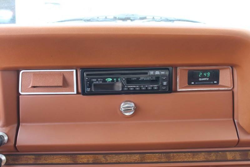 Used-1984-Jeep-Grand-Wagoneer-Limited-4X4-Camaro