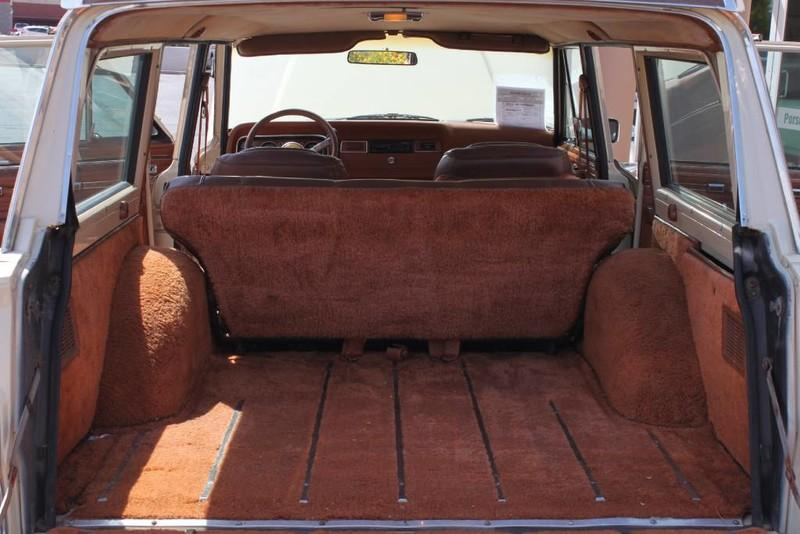 Used-1984-Jeep-Grand-Wagoneer-Limited-4X4-Ford