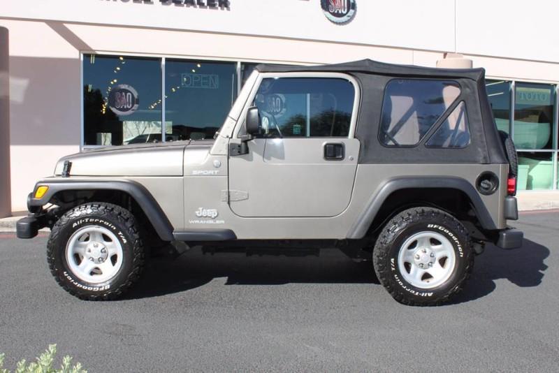 Used-2004-Jeep-Wrangler-Sport-Wagoneer