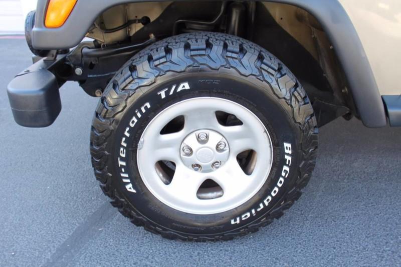 Used-2004-Jeep-Wrangler-Sport-Jaguar