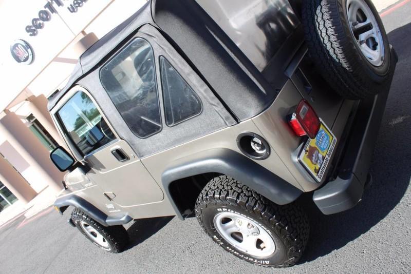Used-2004-Jeep-Wrangler-Sport-Tesla