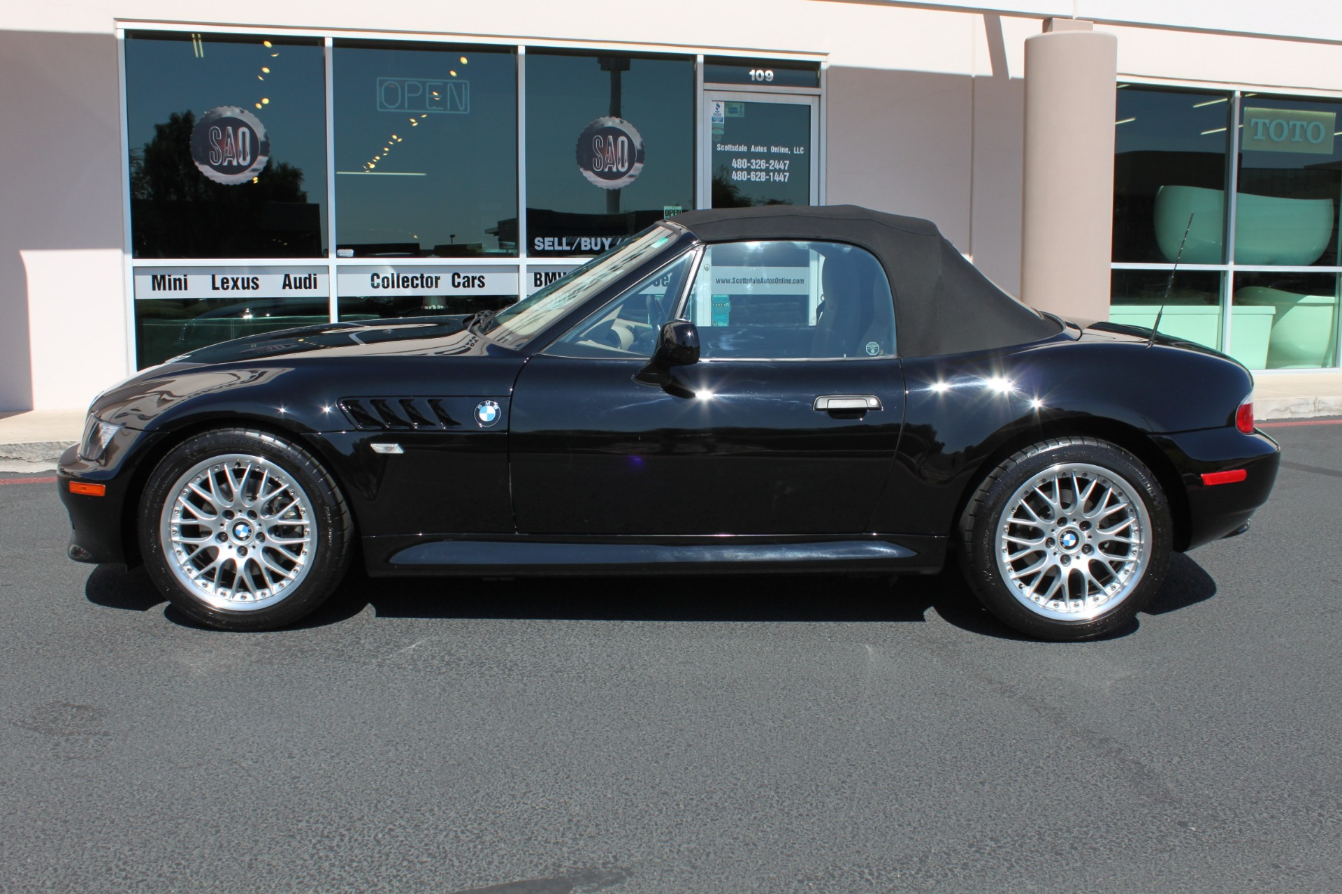 Used-2001-BMW-Z3-Roadster-30i-Grand-Cherokee